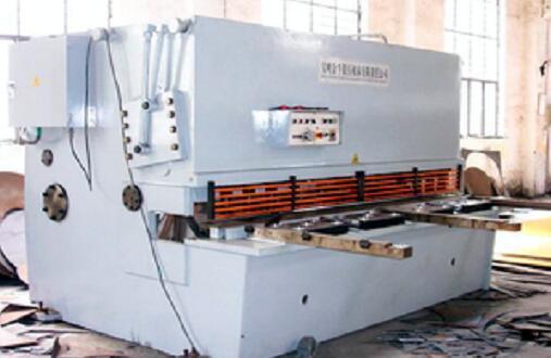液压摆式剪板机